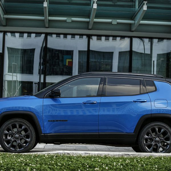 Jeep-Compass-S_4xe-(41)